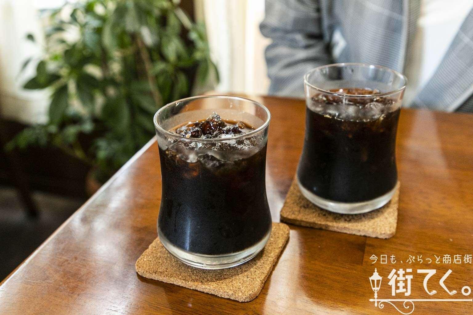 COFFEE SHOP 花